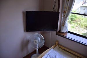 テレビ、扇風機もあります