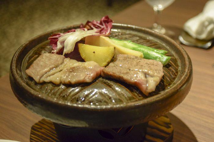 香川県産オリーブ牛の石焼